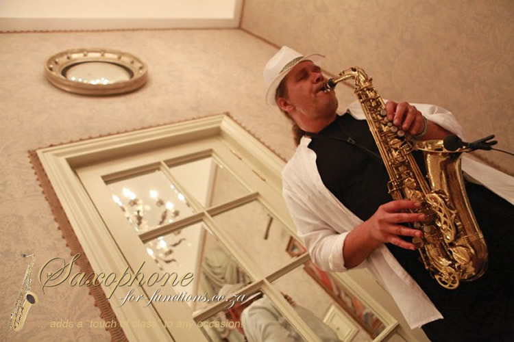 Friedel Knobel - Saxophonist for weddings, functions and events